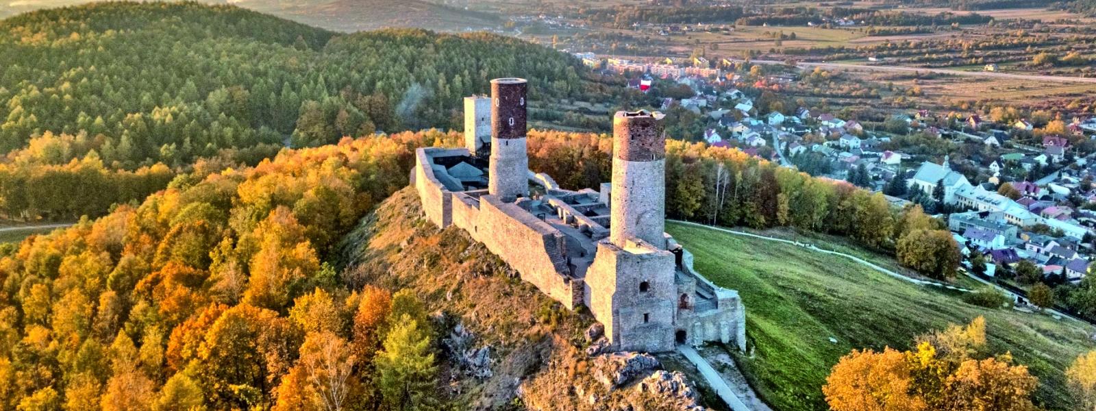 Znalezione obrazy dla zapytania zamek w chęcinach